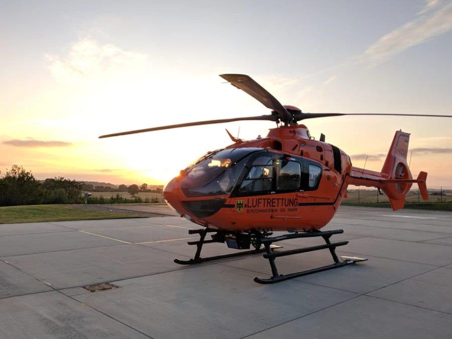 Helikoptéra - ilustrační obrázek