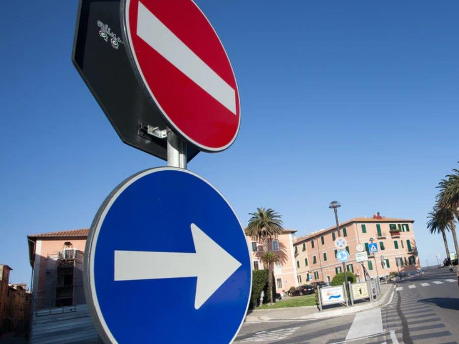 Dopravní značky - odškodnění dopravní nehody